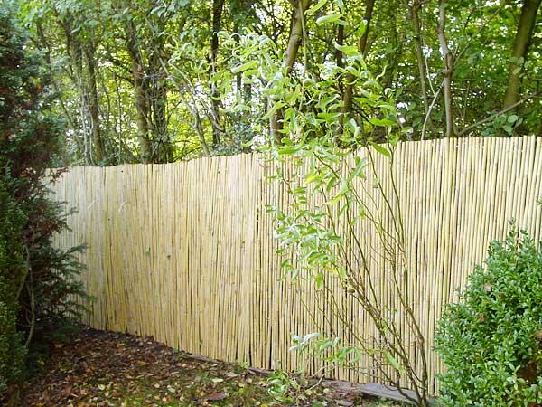 bambus sichtschutzmatte nachhaltige hochwertige naturprodukte. Black Bedroom Furniture Sets. Home Design Ideas